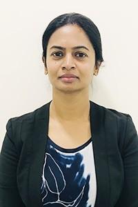 Complete-Smile-dental-The-Gap-Dentist-Manju-krishnasamy
